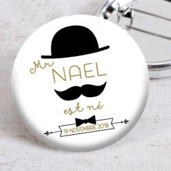 Badge Monsieur nœud papillon
