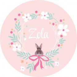 Badge couronne de fleurs et lapin